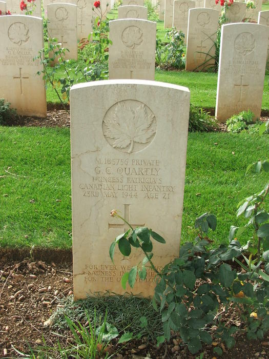 George Clifford Quartly gravestone in Cassino War Cemetary
